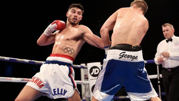 Один из самых перспективных боксеров в весе Елеусинова победил досрочно в бою за два титула