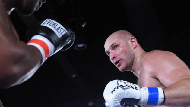 Видео боя, или казахстанский супертяж Иван Дычко нокаутировал экс-претендента на титул WBA