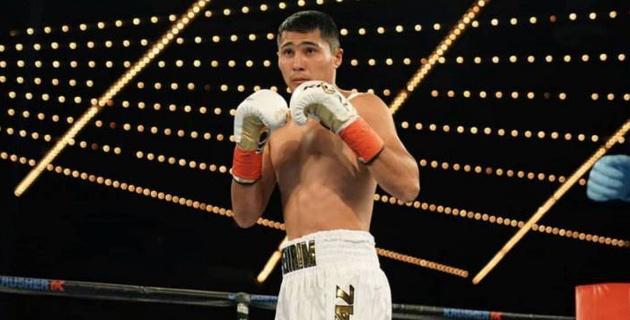 Казахстанский боксер нокаутировал мексиканца в США и продлил серию досрочных побед