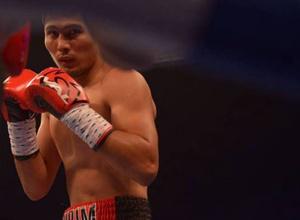 Видео досрочной победы казахстанца Нурсултанова над мексиканским боксером