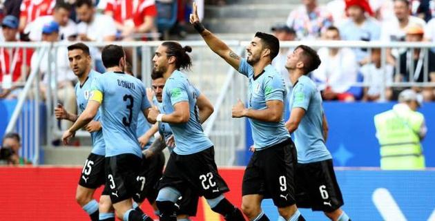 Россия разгромно проиграла Уругваю и не смогла занять первое место в группе ЧМ-2018