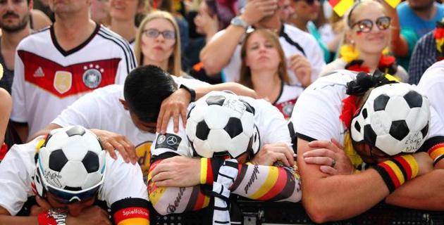 В Алматы фанатов сборной Германии бесплатно напоят пивом после провала на ЧМ-2018