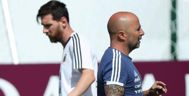 Тренер Аргентины раскрыл детали разговора с Месси в матче за выход в плей-офф ЧМ-2018