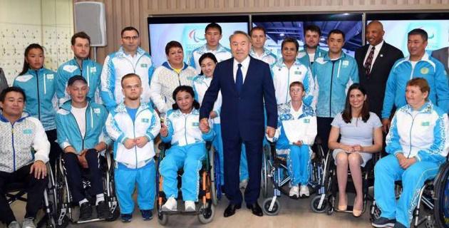 Назарбаеву показали новый паралимпийский центр