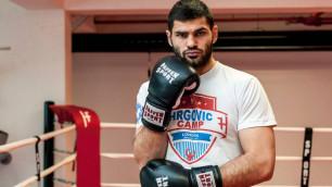 """Экс-боксер """"Астана Арланс"""" будет тренироваться под руководством наставника Котто и Ригондо"""