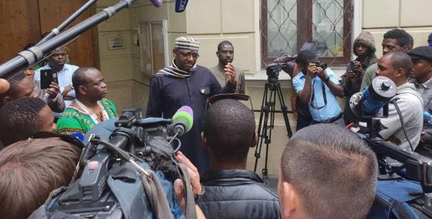 Нигерийцы приехали в Россию работать по паспорту болельщика ЧМ и стали жертвами обмана