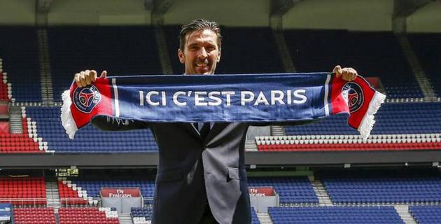 Буффон пропустил два гола от клуба третьей лиги в дебютном матче за ПСЖ
