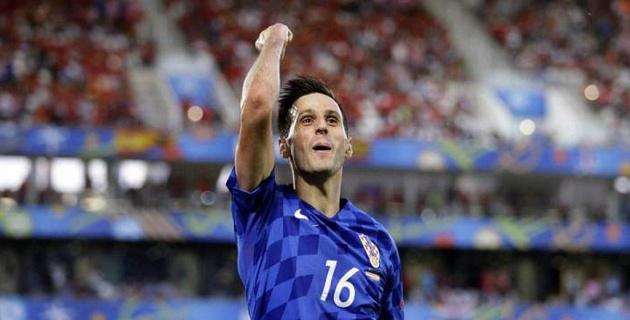 Хорваты вступились за изгнанного из сборной футболиста и отдали ему медаль ЧМ-2018