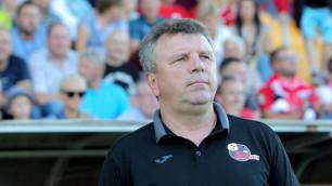 Клуб казахстанского тренера оказался в шаге от вылета из Лиги чемпионов