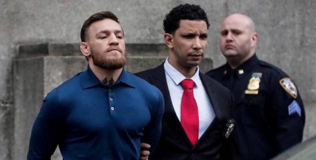 МакГрегора наказали за нападение на автобус с Нурмагомедовым и другими участниками UFC 223