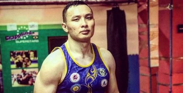 Обладатель Кубка мира по кикбоксингу из Казахстана дебютировал в профи-боксе с победы нокаутом