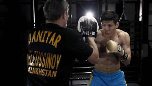 Данияр Елеусинов уже в третьем бою в профи вышел на восьмираундовую дистанцию