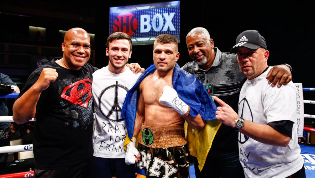 """Не хватило терпения, или как команда Деревянченко подставила своего боксера с """"поясом Головкина"""""""
