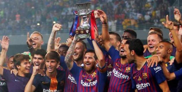 """""""Барселона"""" взяла первый трофей в сезоне и сделала Месси самым титулованным игроком клуба"""