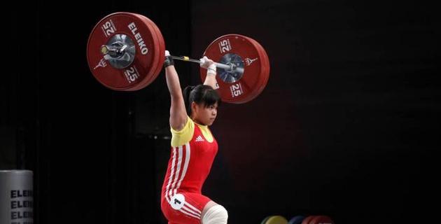 Чиншанло после возвращения на помост стала чемпионкой Казахстана в новом весе