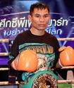 Чемпион WBC из Таиланда побил рекорд Флойда Мейвезера по количеству побед