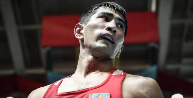 Казахстанец Шымбергенов проиграл узбекскому боксеру в финале Азиады-2018