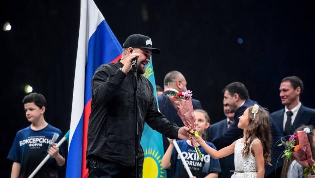"""Российский рэпер Баста назвал Головкина братом и поддержал его перед реваншем с """"Канело"""""""