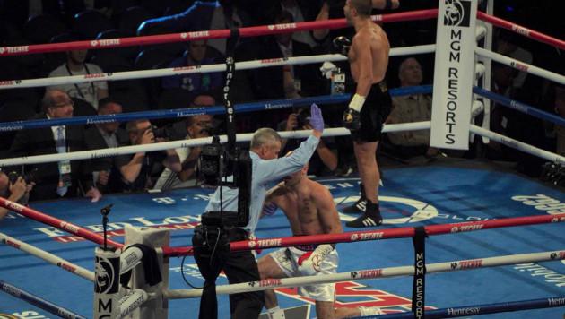 Видео боя, или как Лемье нокаутировал О'Салливана в первом раунде