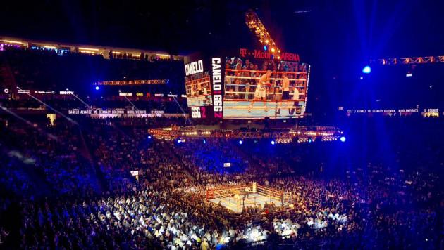 Стала известно количество зрителей на арене T-Mobile на реванше Головкин - Альварес
