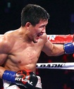 Казахстанец выиграл первый бой после подписания контракта с промоутером Ломаченко