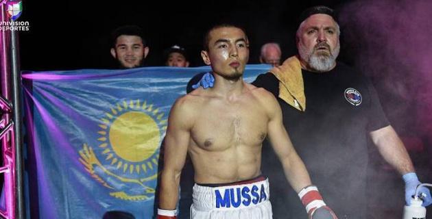 Казахстанский боксер после шести побед в Мексике за 19 дней выиграл второй поединок в США