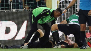Футболист спас жизнь одноклубнику на поле и после забил гол