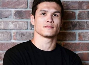 Букмекеры сделали прогноз на четвертый бой в профи Данияра Елеусинова