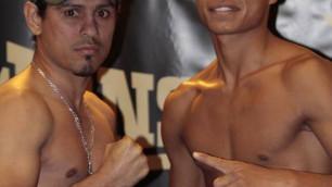 Казахстанские боксеры прошли взвешивание перед профессиональным дебютом с менеджером Сондерса и Фьюри