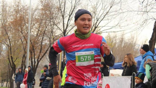 В Алматы прошел Осенний забег накануне Всемирного дня борьбы с диабетом