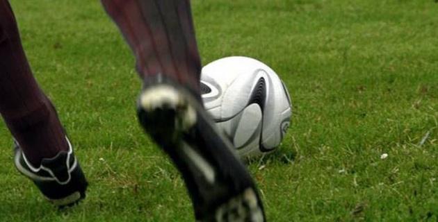 В Ирландии футболисты напали на судью после матча и переломали ему кости