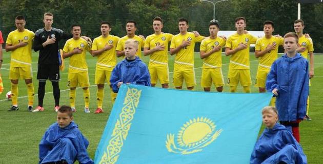 Юношеская сборная Казахстана в меньшинстве крупно проиграла Польше в отборе на Евро
