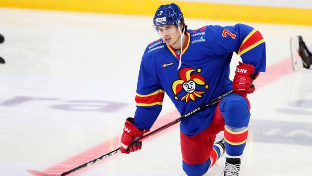 """Хоккеист с опытом игры в НХЛ наказан за удар между ног и пропустит матч с """"Барысом"""""""