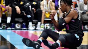 Игрок НБА швырнул кроссовок на трибуны и поплатился тысячами долларов