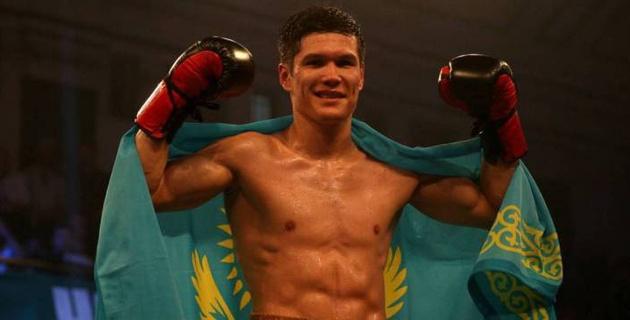 Данияр Елеусинов трижды отправил соперника в нокдаун и победил нокаутом в пятом бою в профи