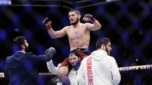 Нурмагомедов рассказал о страхе проиграть МакГрегору и своем поведении после боя