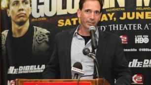Промоутер рассказал о возможном переходе Головкина в другой вес для боя с мексиканским чемпионом WBO