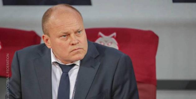 Соперник сборной Казахстана по Лиге наций уволил главного тренера