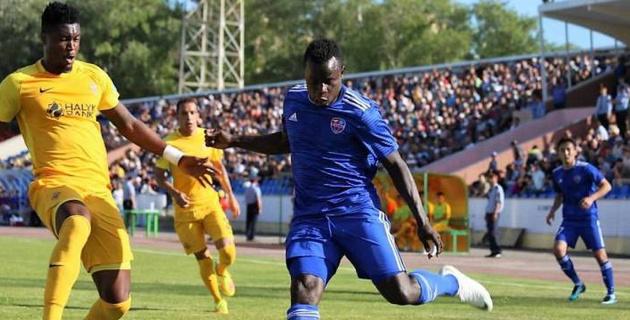 Пятая команда КПЛ нацелилась на экс-игроков сборных Сенегала и Нигерии