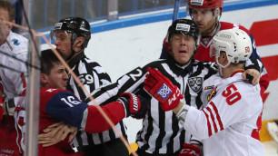Хоккеист с одного удара отправил судью в больницу и получил 13-матчевую дисквалификацию