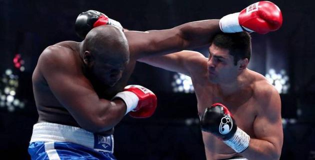 """Экс-боксер """"Астана Арланс"""" победил бывшего соперника Кличко, Джошуа и Фьюри"""