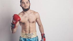 Казахстанец вернулся после поражения нокаутом в вечере Golden Boy и выиграл в бою с двумя нокдаунами