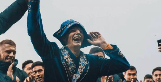 """""""На прощальной вечеринке все пели """"Привет, Андрей!"""". Аршавин рассказал о """"Кайрате"""" и Казахстане"""