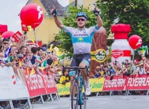 """Про 33 победы и исторические достижения. Как провела сезон велокоманда """"Астана"""""""