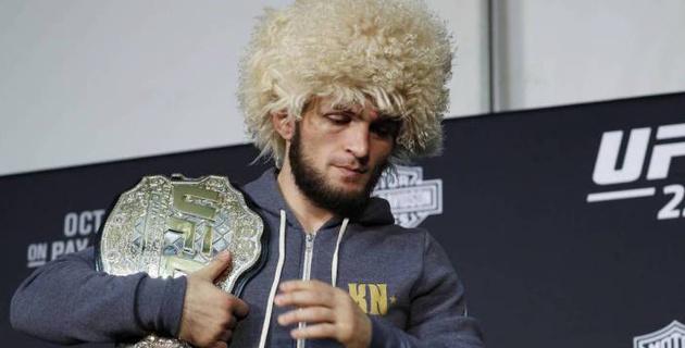 """Экс-чемпион UFC назвал Нурмагомедова """"любителем овец"""""""