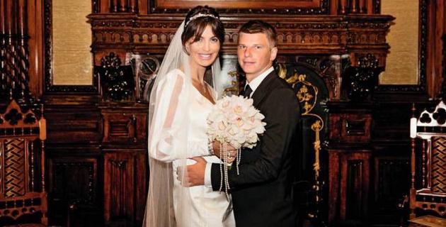 """Андрей Аршавин после ухода из """"Кайрата"""" развелся с женой"""