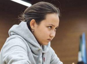 Казахстанка Абдумалик возглавила рейтинги лучших шахматисток мира до 20 лет