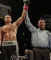 Названа дата боя казахстанского боксера-профессионала с семью досрочными победами