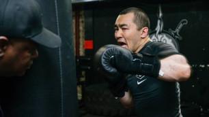 """""""Будет более конкурентным"""". Эксперт оценил шансы Шуменова против тренирующегося с Головкиным боксера"""