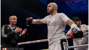 Отказавшийся от боя с Джукембаевым чемпион из Канады завершил ничьей поединок за два титула